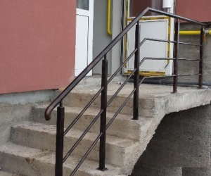 Balustrade din metal vopsit